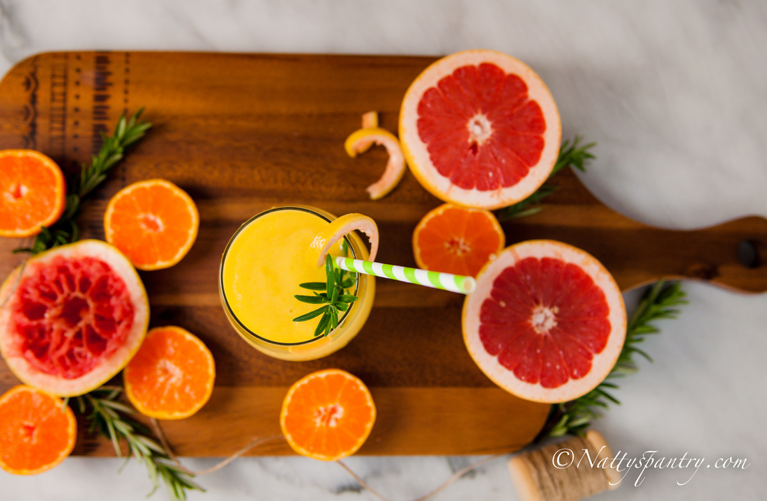 High Vitamin C Grapefruit, Orange, Mango & Rosemary Smoothie recipe : Nattyspantry.com