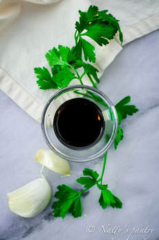 WHOLE30 BALSAMIC VINAIGRETTE RECIPE : Nattyspantry.com